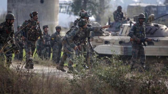 印度数万大军刚到边境就被莫迪下令撤回 怕62年败局重演?