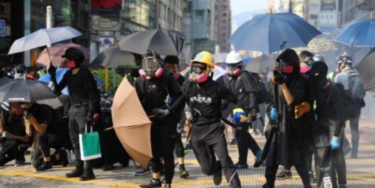 """香港警方:线报显示 有人要借机""""搞大事情"""""""