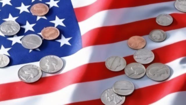 美国经济再拉警报,几个重要数据扛不住了!