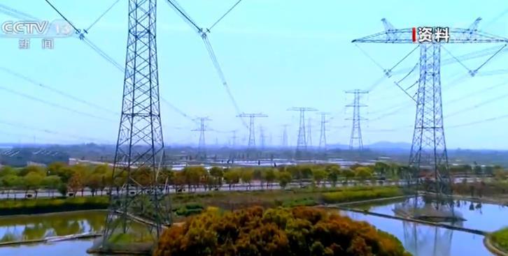 内蒙古能源经济占经济总量比重_内蒙古能源职业学校