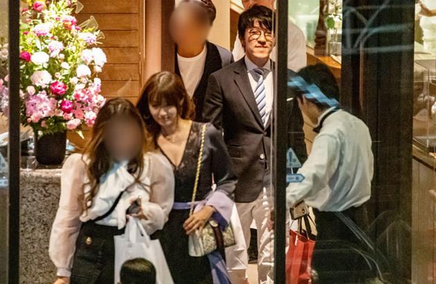 没分手!日本女星深田恭子被曝已与富商男友签定婚前协议
