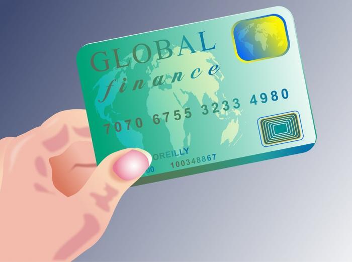 央行发布5项信用卡风险提示:有的银行不办分期就降额