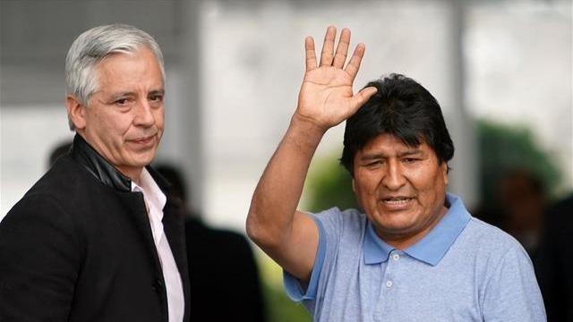 莫拉莱斯抵墨西哥接受政治庇护 现场透露重大机密