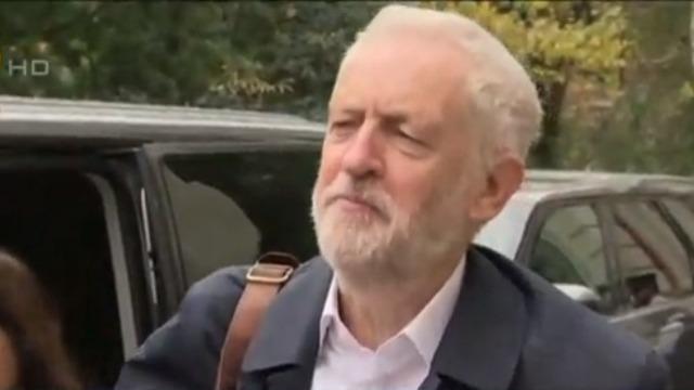 英重新大选保守党支持率近半 工党领袖背水一战敲定政纲
