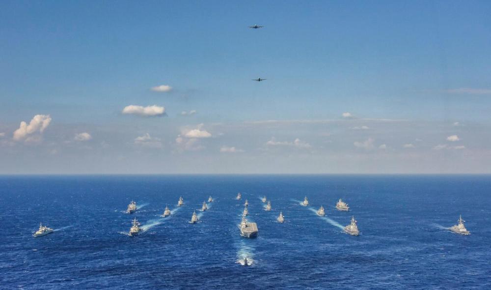 """日澳美加举行大型海上军演 日本准航母站""""C位"""""""