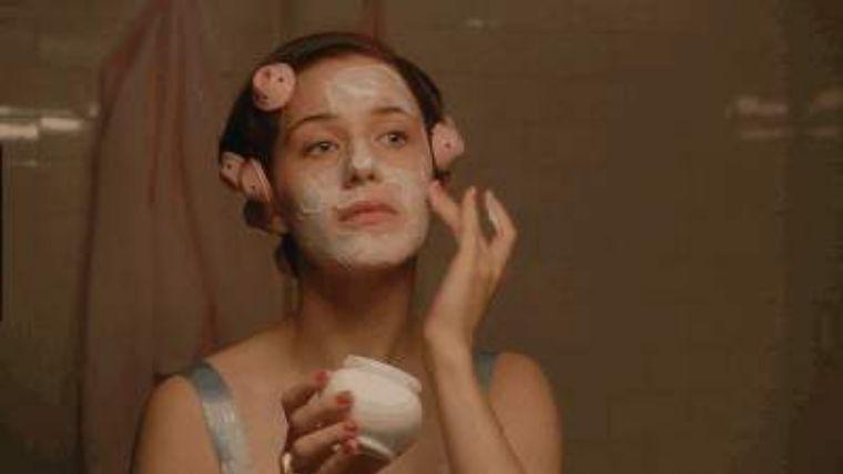 皮肤养护 羡慕欧阳娜娜张子枫的好皮肤 这些00后的保养秘笈请收下