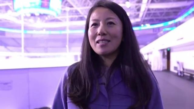 成立体育俱乐部让她感触颇深!杨扬:体育是个有意义的事业
