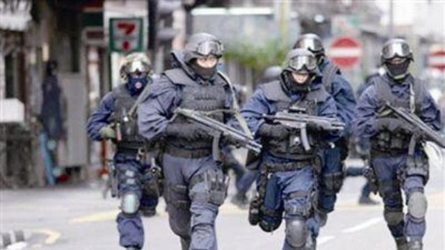 60名港区议员要求警队解散 港媒:别以为当选就能为所欲为