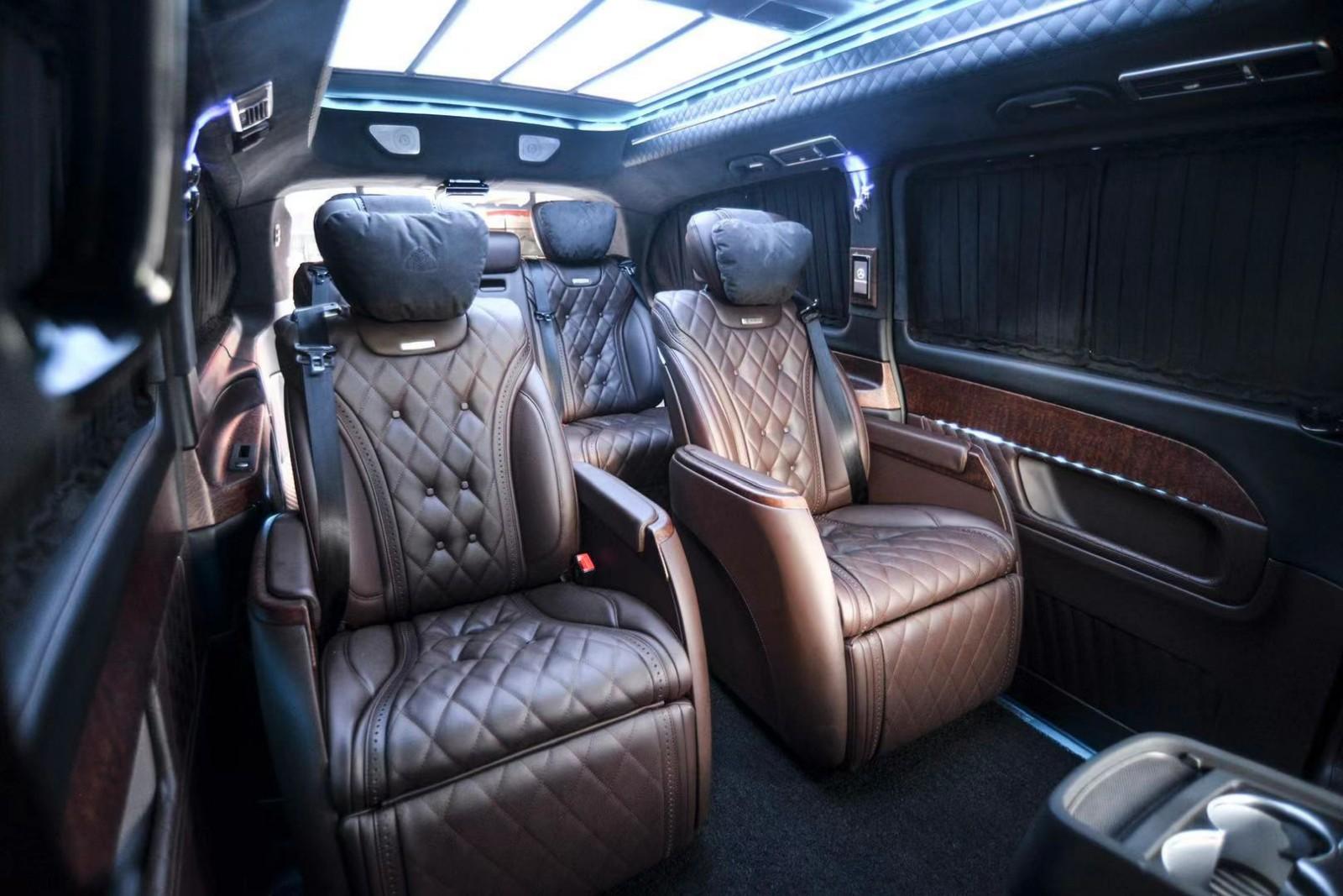 国六奔驰V260迈巴赫VS680报价多少钱