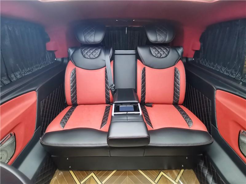 奔驰v级威霆改装商务车多少钱  咨询热线:15088779054