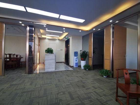 深圳部分写字楼租金暴跌40% 天量供应还在扩大