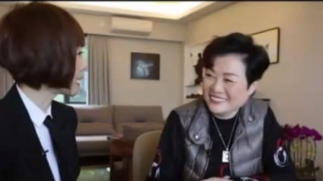 鲁豫赞颂张国荣是天生的表演者 陈淑芬表示认同