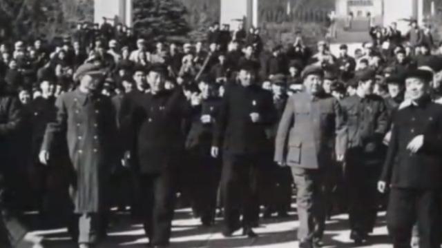 揭秘:毛泽东拜谒中山陵时为何拒走小道?