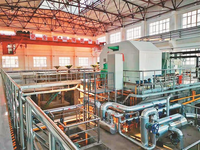 鸡东煤气热电项目投产达效,正式发电并网。 张明新摄