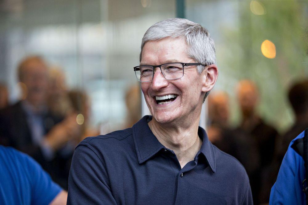 苹果CEO库克2019财年薪酬1.25亿美元 同比下降8%