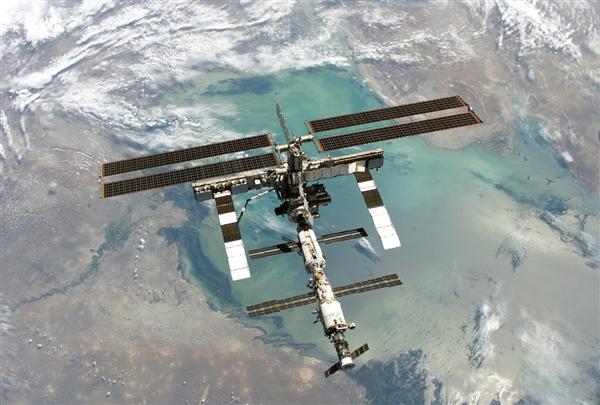 太空呆数月 NASA宇航员突然患病:太危险