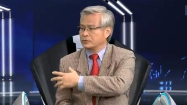 """专家谈台湾选举:年轻人易受绿营操控 形成""""羊群效应""""!"""