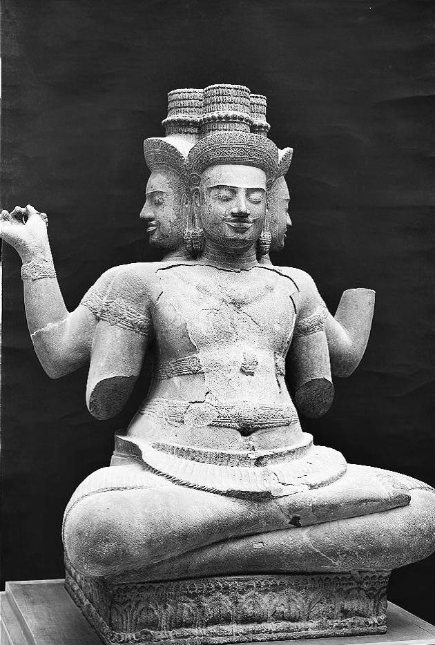 印度教与佛教影响下的吴哥时代柬埔寨佛像造像