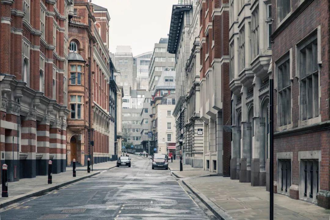 中国富豪18亿买下伦敦超级豪宅!卧室就有45个