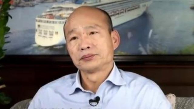 """""""罢韩""""是为省1200亿新台币?高雄副市长怒呛台作家"""