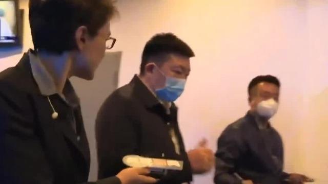 武汉市长周先旺:武汉人识大局 这是一种大爱