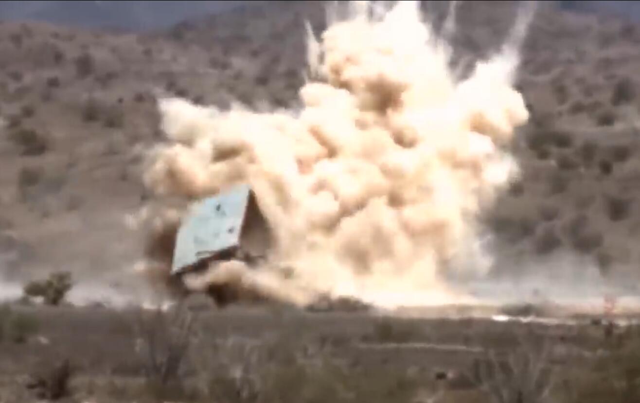 美海军测试新型制导炮弹 未来装备DDG1000驱逐舰