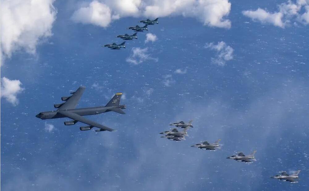 战机绕台透露三大讯息:无论困难多大都能维护国家统一