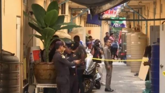泰国曼谷发生枪击案 枪手与警察对峙连开逾20枪
