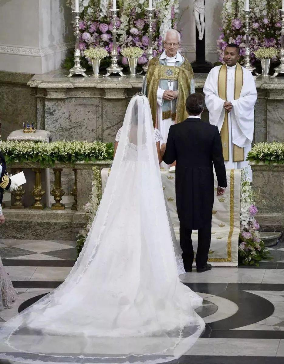 农村中式婚礼布置现场