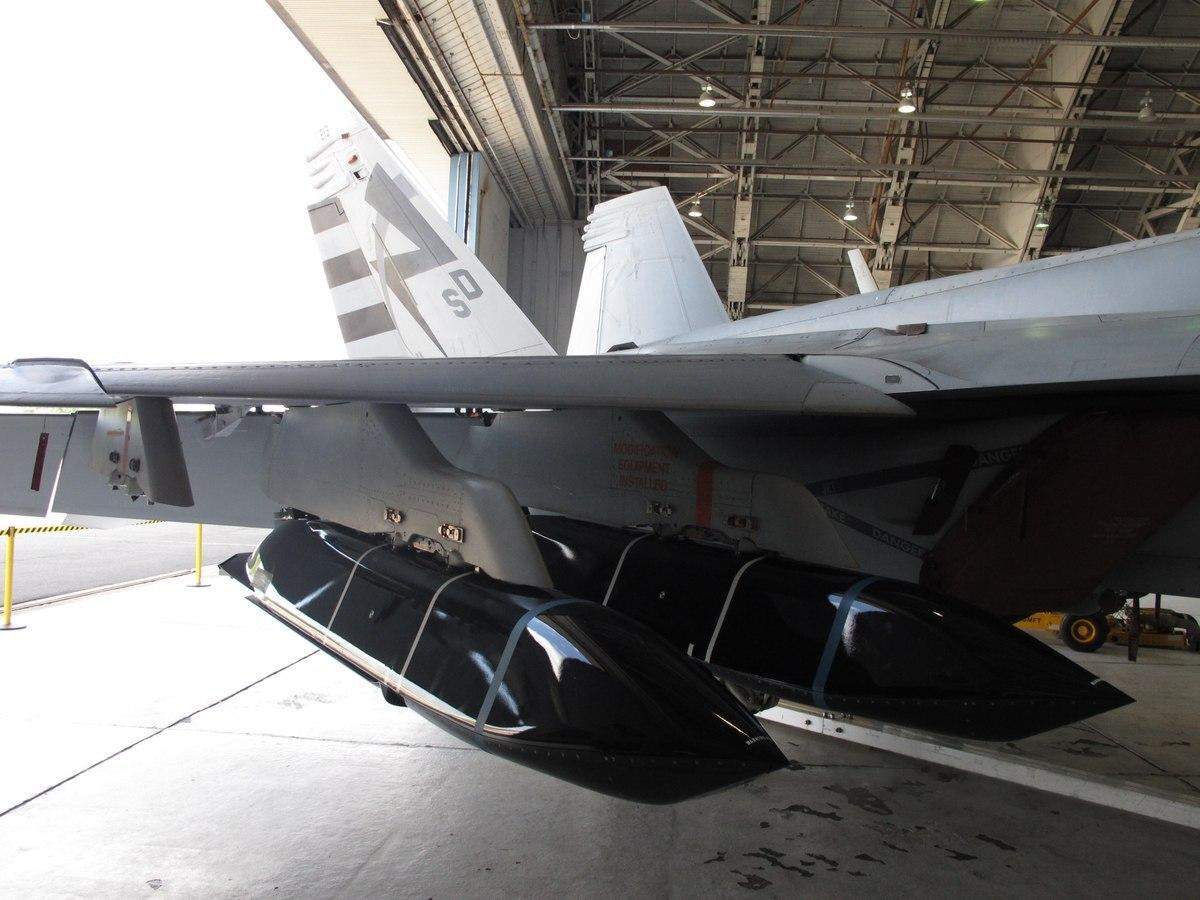 美军狂购反舰导弹扯上中国 计划5年内买1625枚