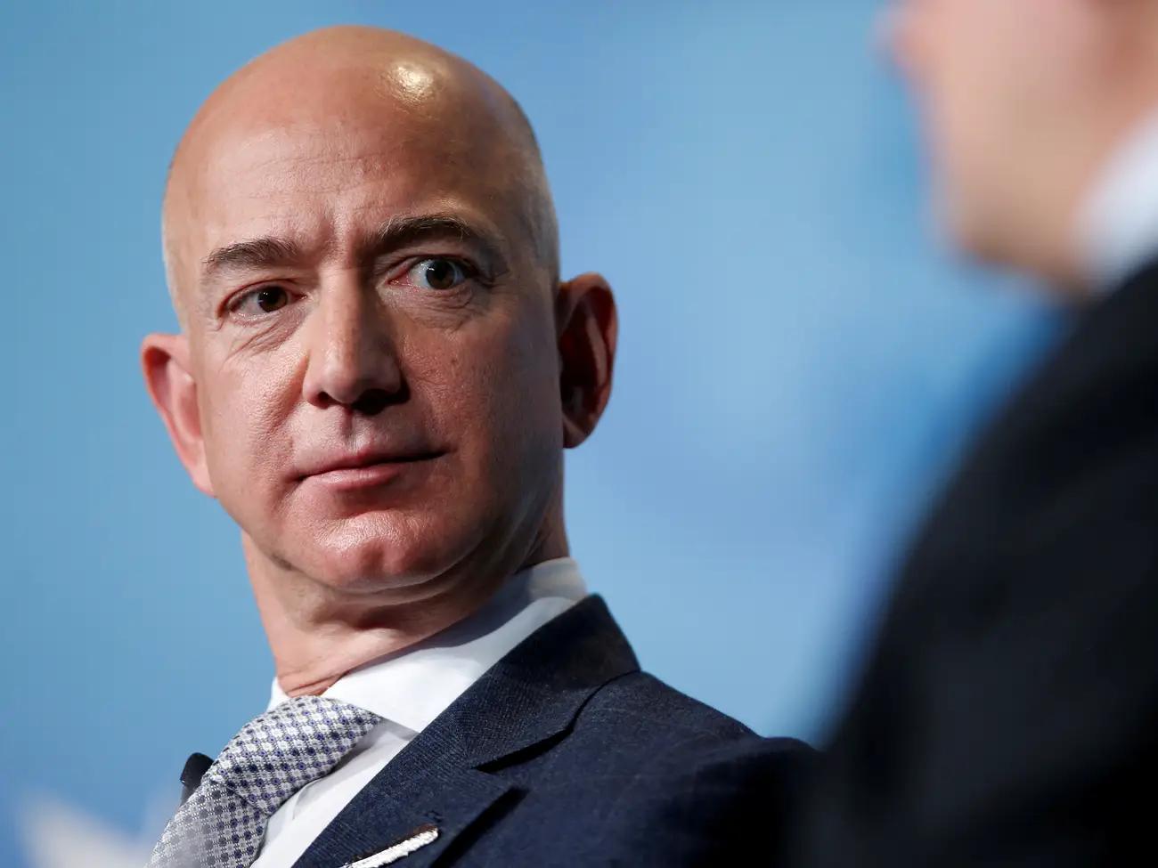 捐100亿美元还不够 亚马逊被要求停止为能源公司提供计算技术插图
