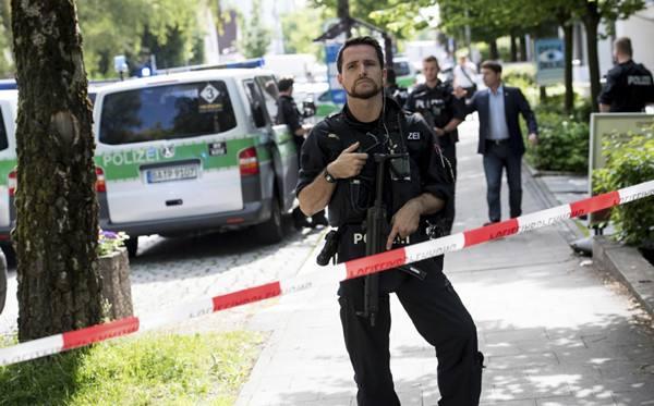 德国哈瑙发生枪击事件致8死5伤 枪手仍然在逃