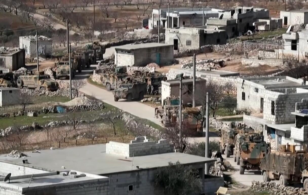 土耳其国防部:土军遭空袭2死5伤 消灭50多名叙政府军