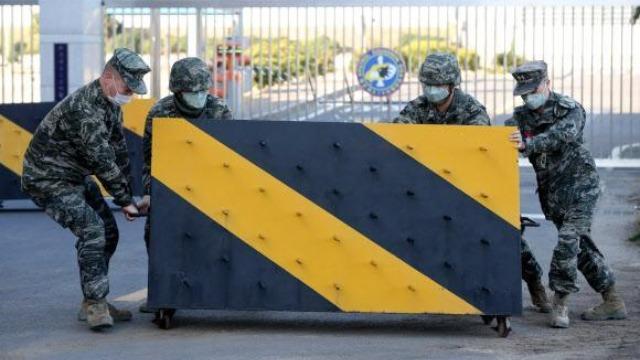 四大军种11人确诊新冠肺炎 韩国7700名士兵被隔离