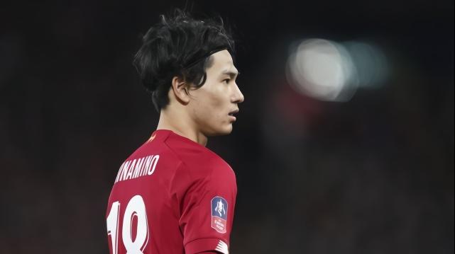 2個月0球0助!日本國腳疑被紅軍隊友孤立,渣叔批評1人不給他傳球