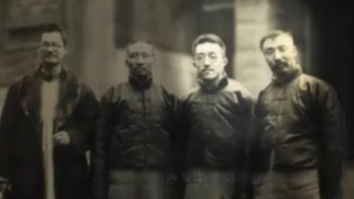 胡适与李大钊在报纸上公开论战 问题与主义成争论焦点