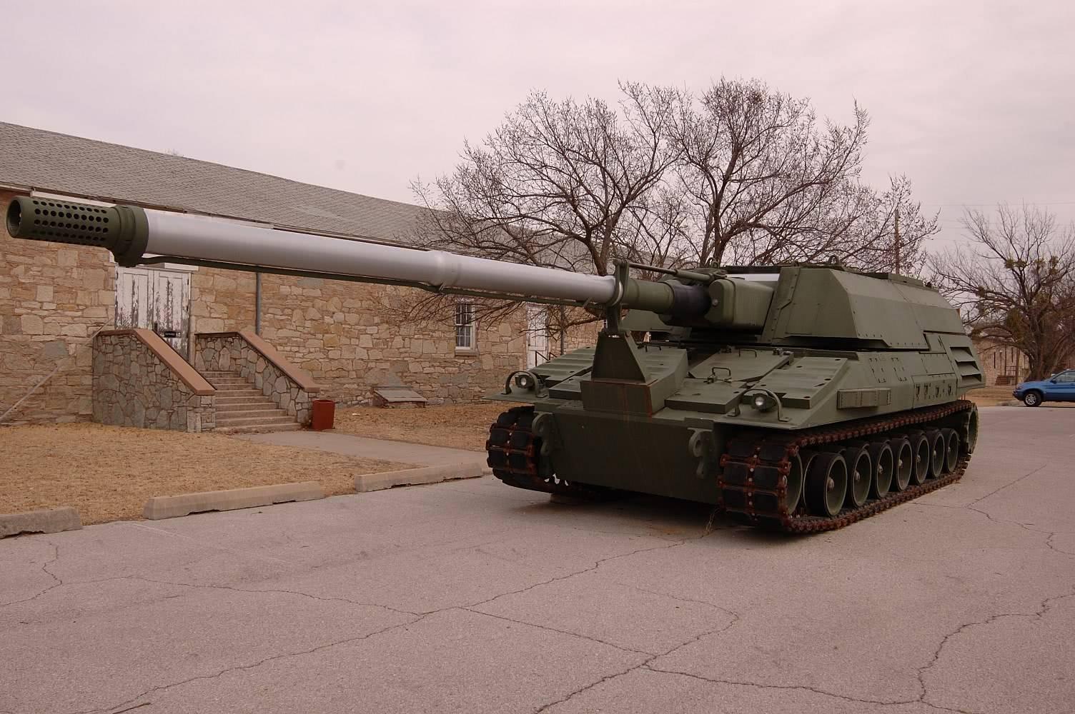 美军研发射程1600千米火炮部署亚太 陈虎:造不出来