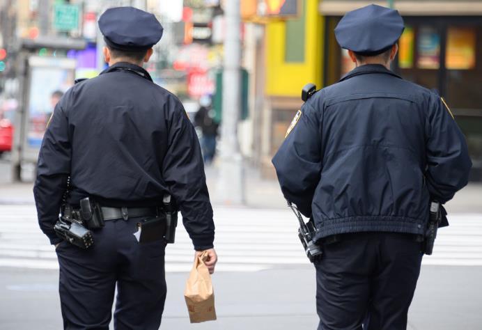 纽约警察局1193名雇员确诊 逾5600名警察向警局请病假