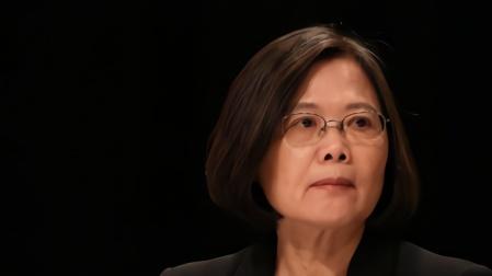 民进党公然挑战,台陆军前副司令:大陆有太多手段解决台湾问题