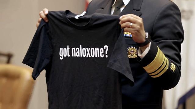 美国疾控中心教民众用衬衫做布口罩 网友惊呆