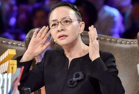 60岁宋丹丹正式退休,成人艺返聘艺术家