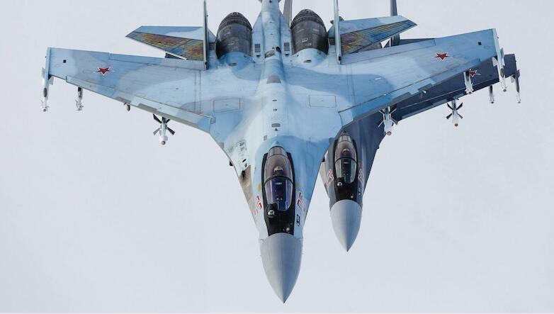 300公里外一发毙敌 苏35战机将配备超远程空空导弹