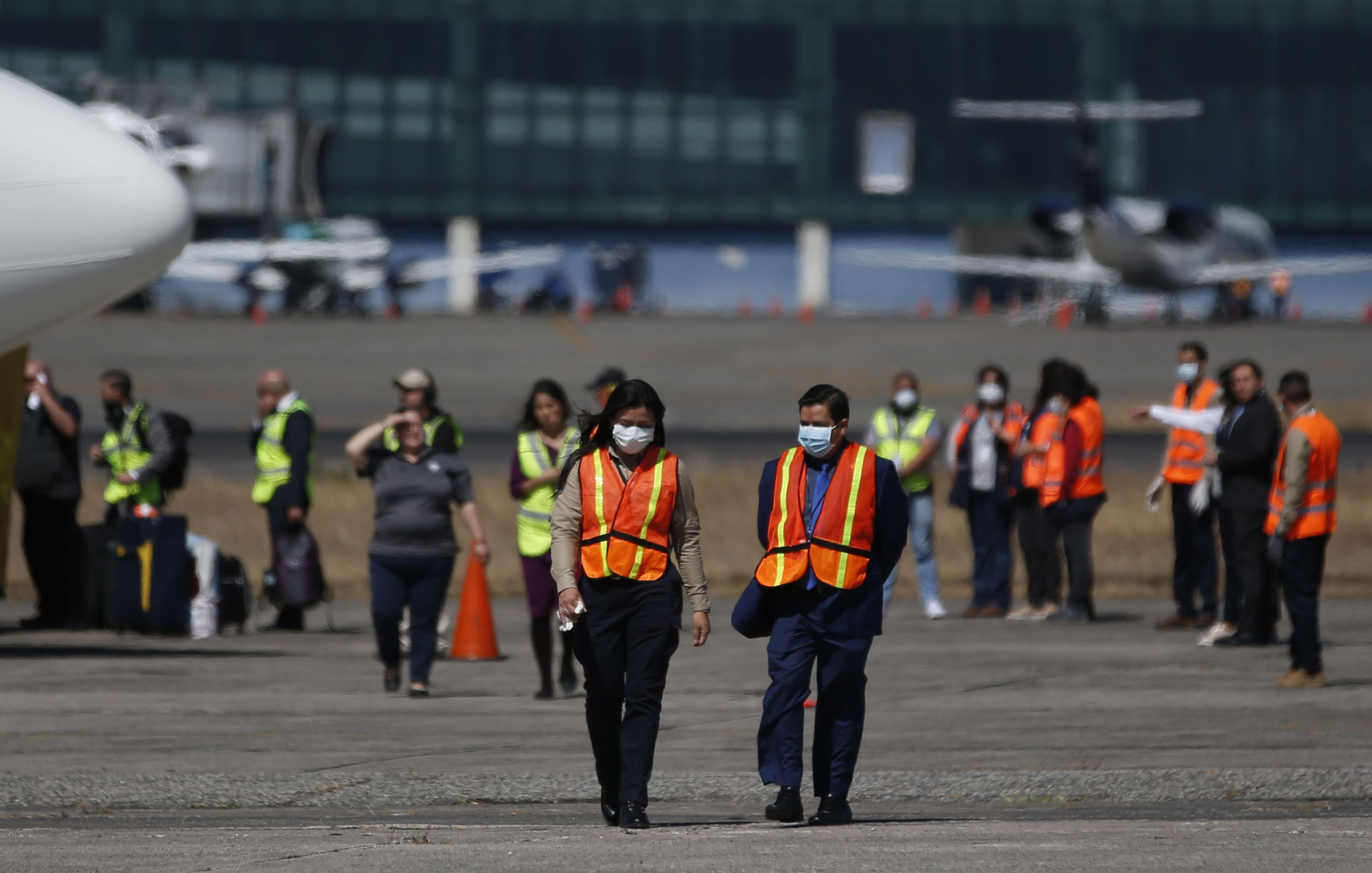 巴西向中国求助口罩和呼吸机 此前有物资中转时被美国高价买走