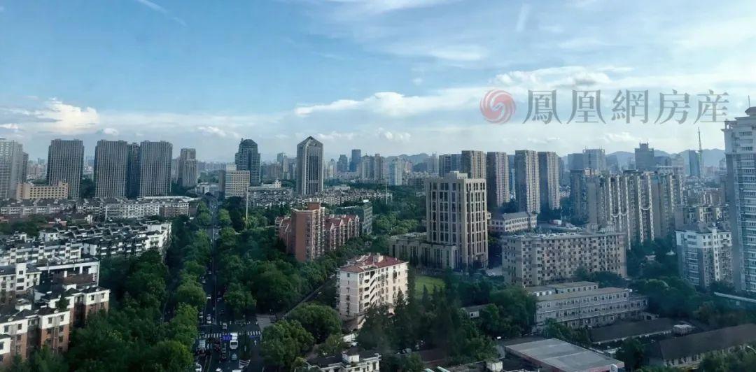 """杭州""""公民同招""""改变了多少家庭,""""双优""""学区房大涨,每年10万的培训费都白花了——凤凰网房产杭州"""