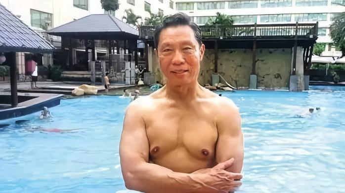 鐘南山:我確實打破了第一屆全運會400米欄全國紀錄