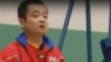 """刘国栋在训练新加坡女队时 直接拿出了自己的""""杀手锏"""""""