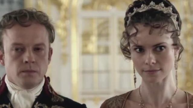 亚历山大一世得知父亲去世的消息后 成为了俄国的沙皇