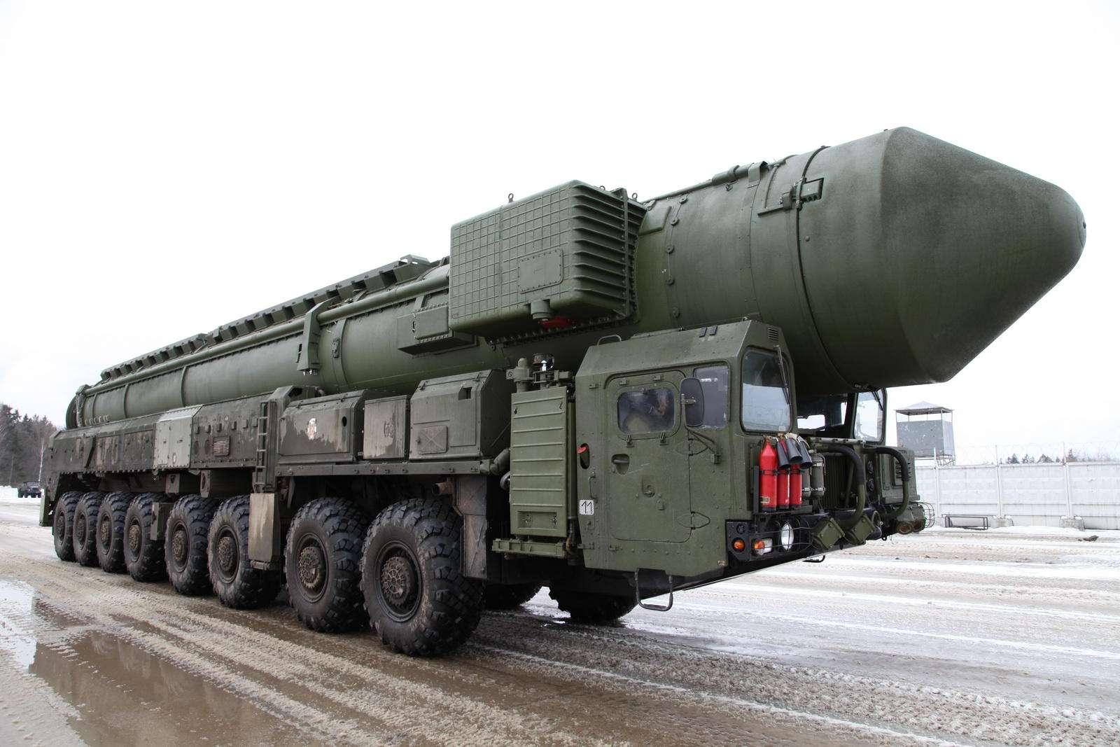 俄美外长通电话 俄提议延长《新削减战略武器条约》
