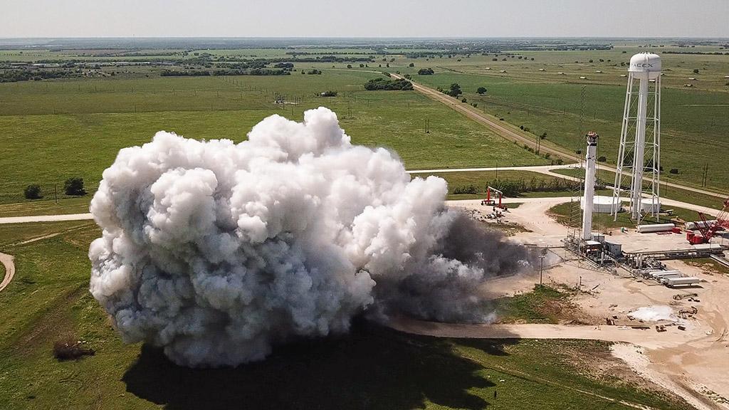 SpaceX将执行首次载人飞行任务 已进行发动机静态点火测试