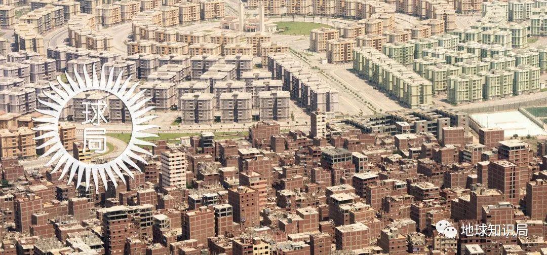 """埃及首都,遍布""""爛尾樓"""""""